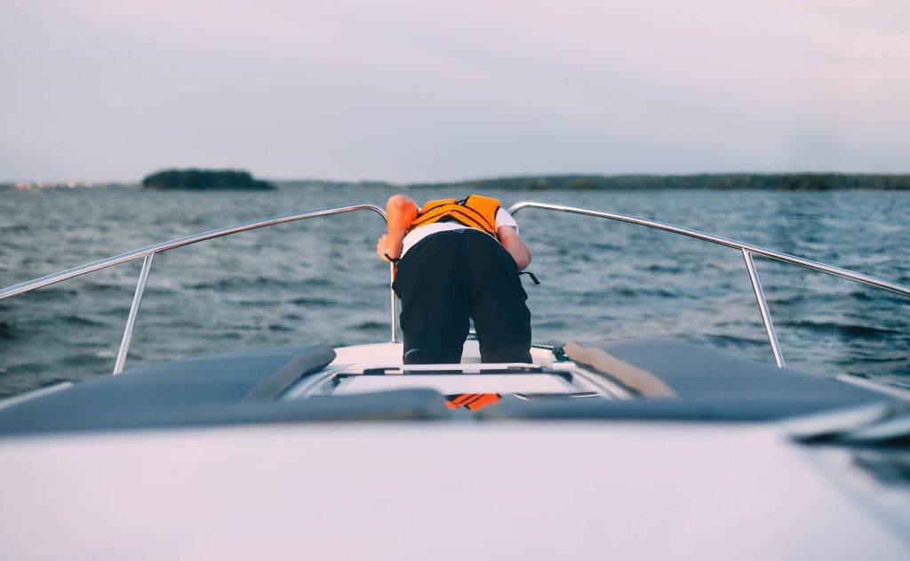 how to treat sea sickness