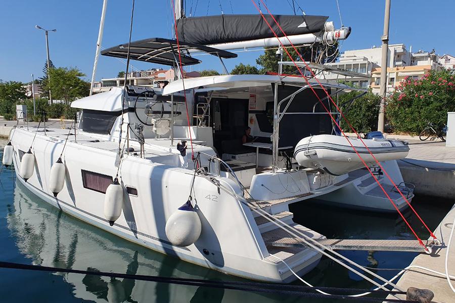 mediterra-yachts-catamaran